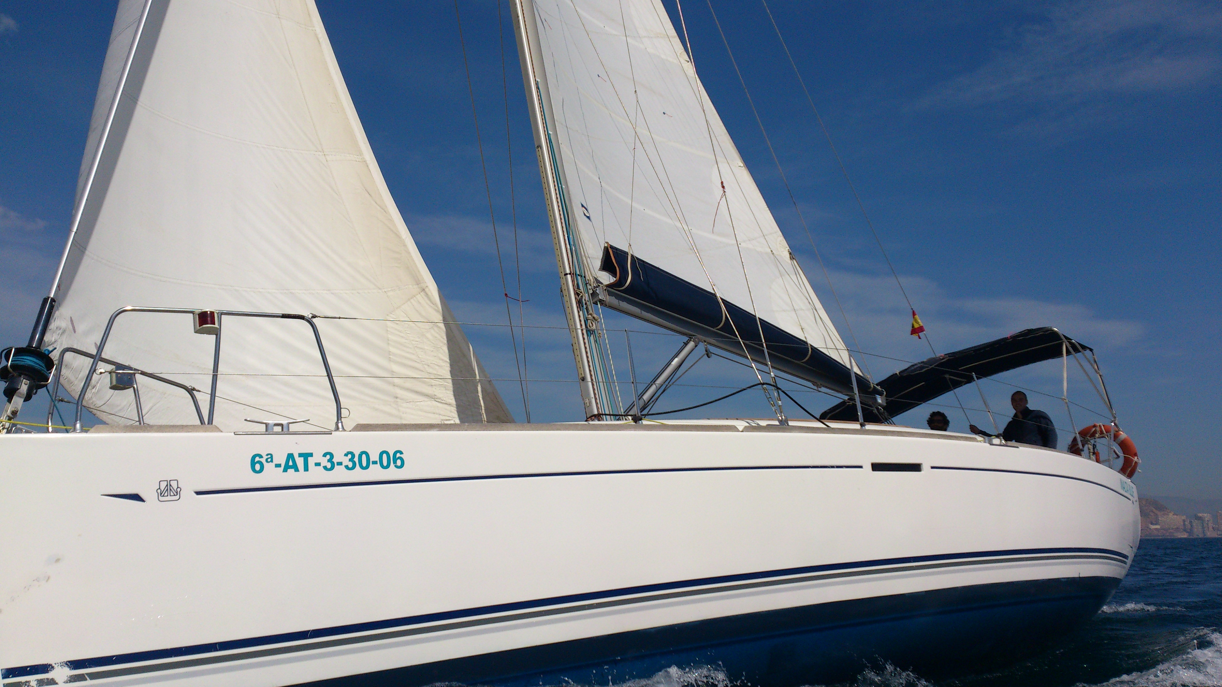 true-blue.es DUFOUR 40
